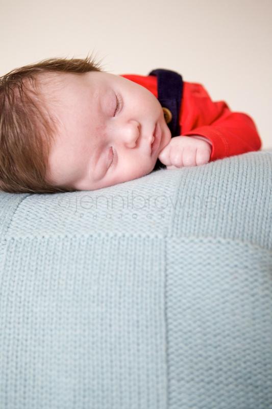 natural-newborn-photography-by-jenni-browne-8.jpg