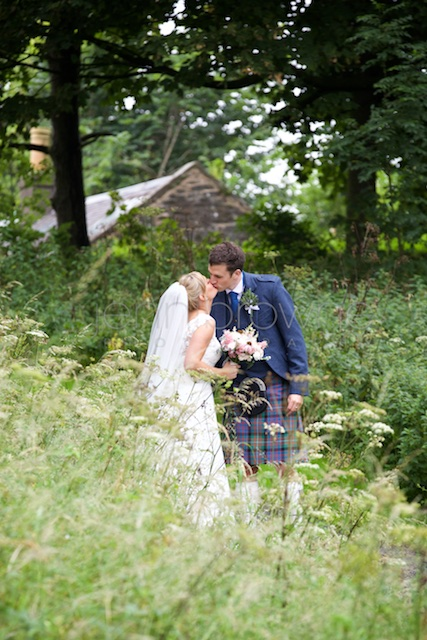 natural-wedding-photography_-65.jpg